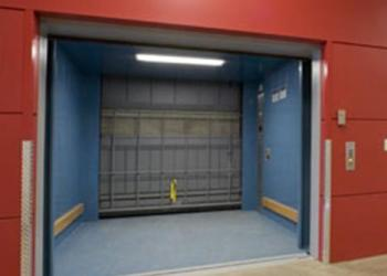 Поставки грузовых лифтов