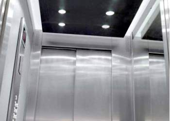 Монтаж кабин лифтов